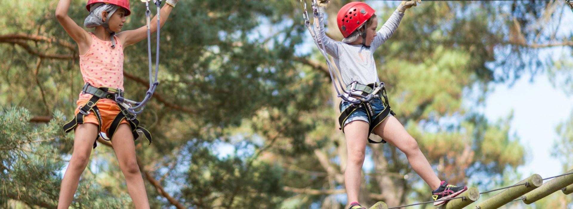 Parcs de loisirs accrobranches et escalade -Emmanuel Berthier - CRT Bretagne