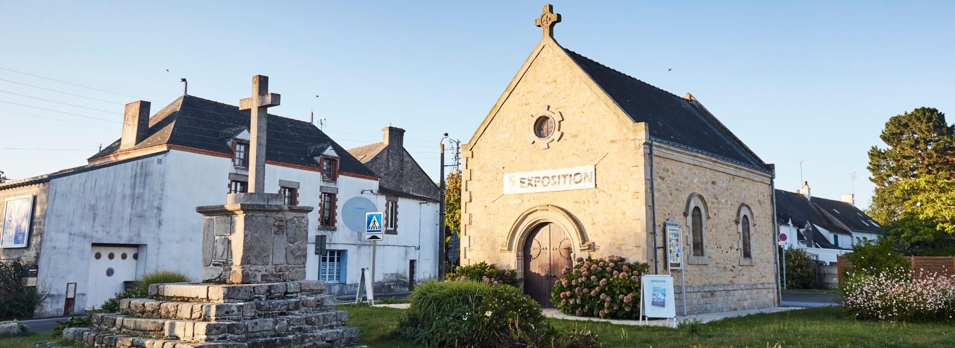Saint-Molf - Croix et calvaires, à la croisée des chemins