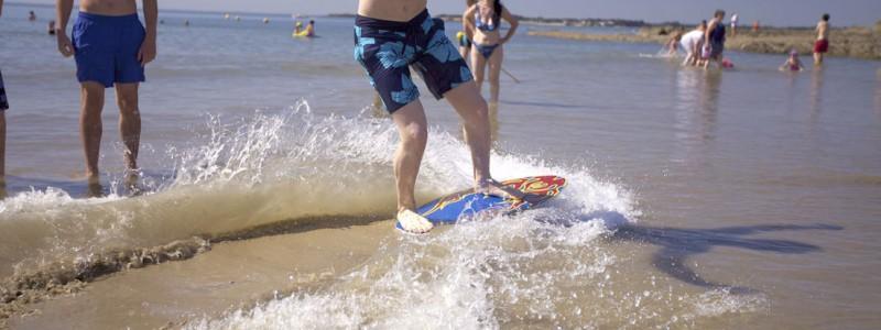 glisser-sur-les-vagues-mesquer-plage-de-sorlock-14-13073