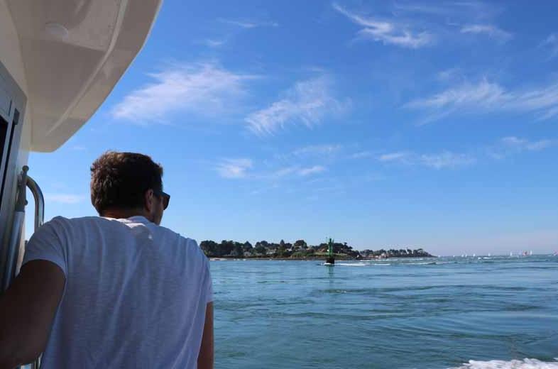 Traversées vers les îles, balades fluviales et maritimes