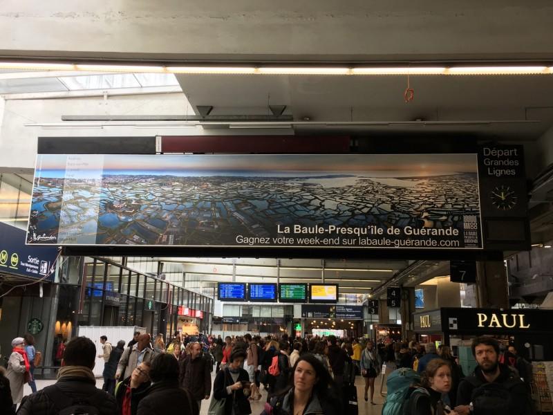 affichage-gare-montparnasse-oti-la-baule-presqu-ile-de-guerande-1-al-beilvert-1766