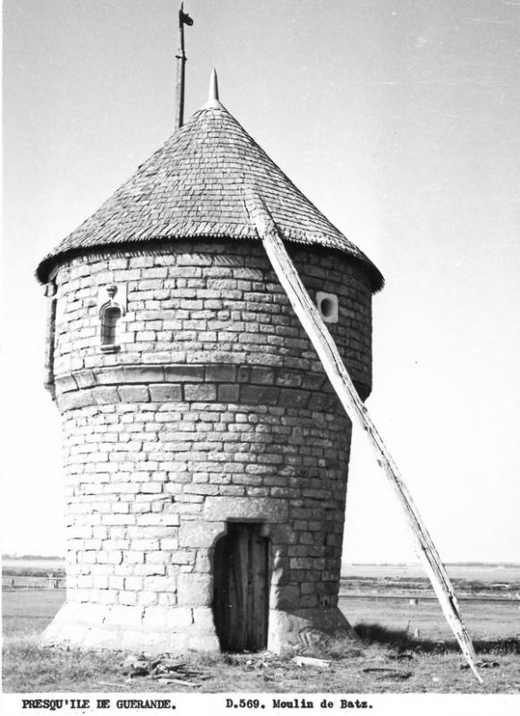 Carte postale ancienne - Moulin de la Falaise - Batz-sur-mer
