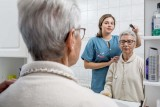 aide-a-la-toilette-adhap-600-px-1600432