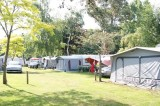Camping le Panorama - Guérande - Allée et emplacements tentes et caravanes