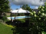 Chambre d'hôtes Le Cottage - Saint-Molf - jardin avec tonnelle et piscine