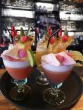 Divers cocktails colorés Le Comptoir herbignac