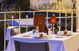 La Baule - Hôtel Barrière Le Royal - Table dressée au restaurant Le Fouquet's