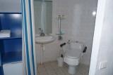 La Turballe - Maison d'hôtes Les Buissonnets - Salle de bain pour personne à mobilité réduite