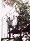 Monkey Forest Aventures & Loisirs - traversée d'un pont suspendu - Saint-Molf