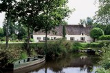 Promenade en barque à proximité - Auberge de Bréca - St Lyphard - Parc Naturel régional de la Brière