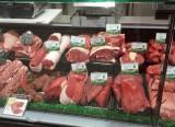 Guérande supermarché Carrefour Market, rayon boucherie