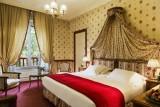 Relais chateau Castel Marie Louise  chambre à la décoration soignée