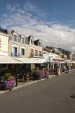 Rue commerçante de la Turballe