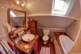 Salle de bain Chambre rouge , Manoir des 4 Saisons à La Turballe, Crédit A Drean