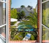 vue-jardin-villa-la-ruche-la-baule-chambre-d-hotes-la-baule-haut-de-gamme-luxe-guest-and-house-cheminee-sans-enfant-piscine-chauffee-b-1584505