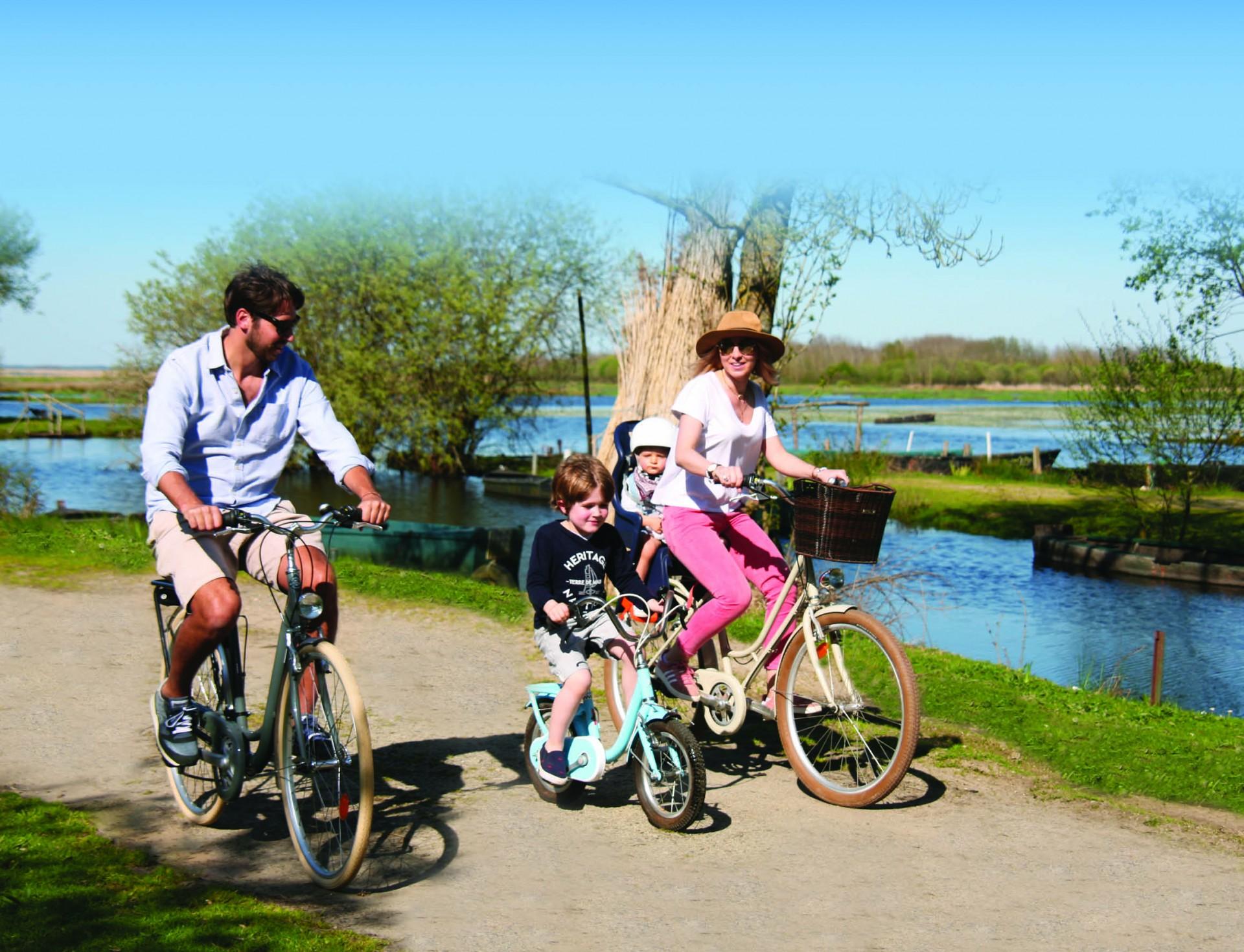 Entre eaux douces et eaux salées, à vélo de Saint-Lyphard à Mesquer