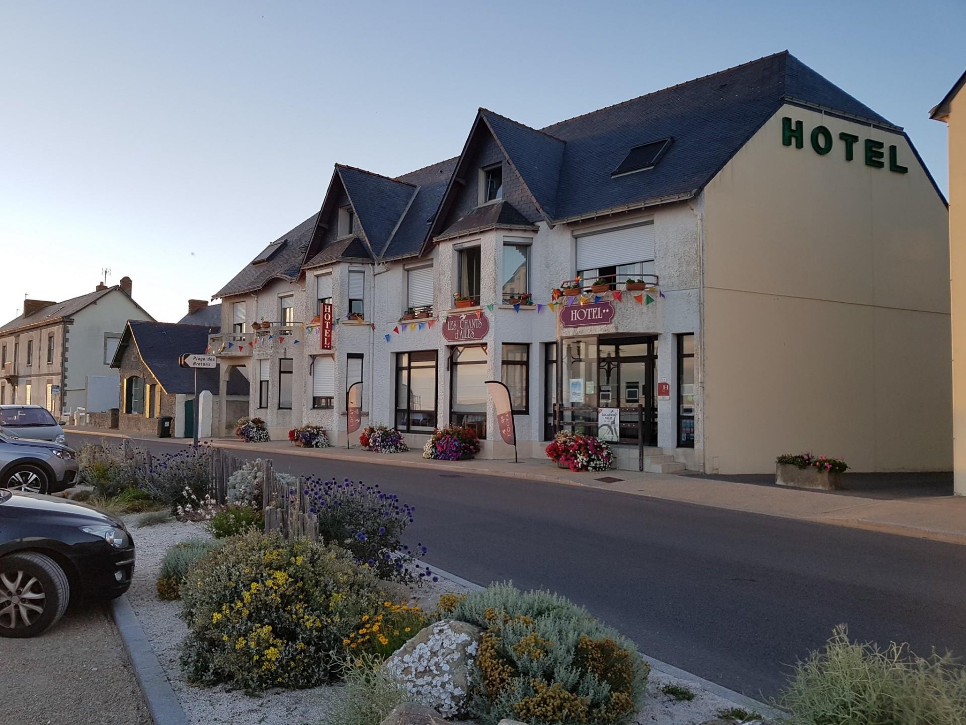 La Turballe - Hôtel Face Mer Les Chants d'Ailes - Façade