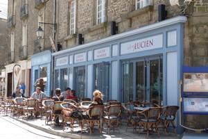 01-Chez Lucien