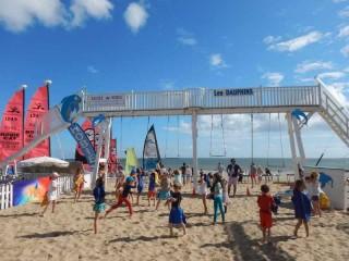 01 - Club de plage et base nautique des dauphins