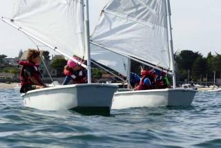 Ecole Francaise De Voile Nautisme En Pays Blanc Canoe Kayak Club Nautique Ecole De Voile Kayak De Mer Planche A Voile Stand Up Paddle Location De Bateau A Piriac Sur Mer
