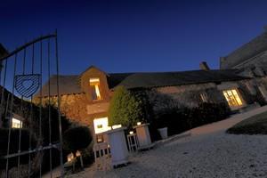 Guérande, proche cité médiévale, manoir de la Porte Calon: restaurant la Tête de l'Art