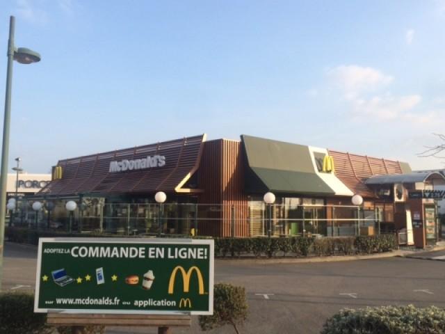01-McDonald's La Baule