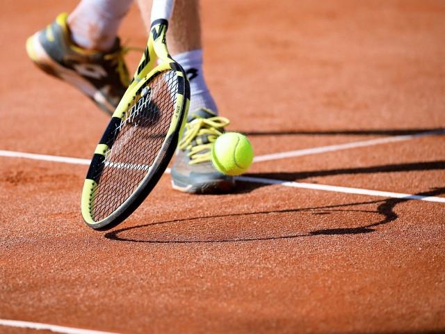 Courts de tennis extérieur St Lyphard