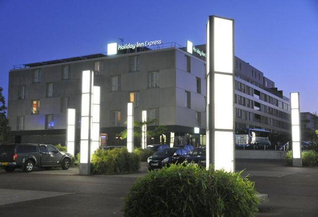 Holiday Inn Express à Saint-Nazaire, Vile port