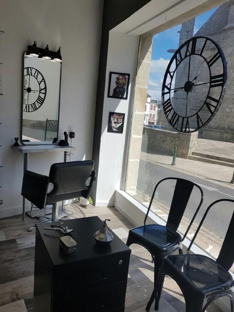 Intérieur salon de coiffure - L'Hair du Temps