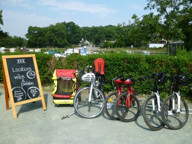 Location de vélos - halte nautique à Guenrouet - Canal de Nantes à Brest
