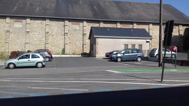 parking-la-poste-1555055