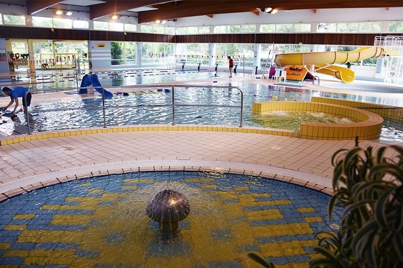 Centre aquatique du pays blanc piscine cours de for Piscine st lo horaire