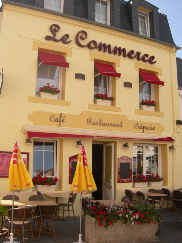 01-Restaurant Le Commerce