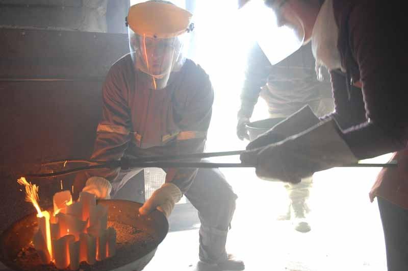 l atelier ceramique - defournement-cuisson-raku