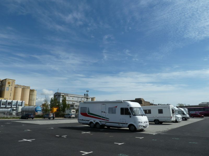 Camping st nazaire aire du th tre r servation camping for Garage auto saint nazaire