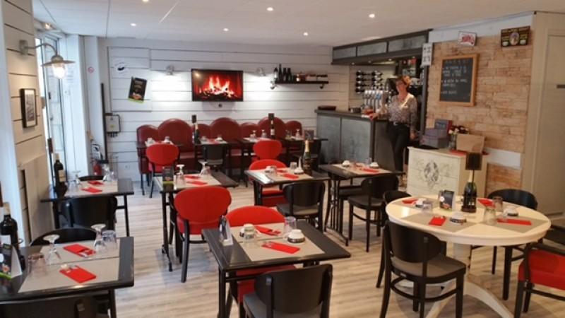 crêperie-restaurant - La Porte du Sel - salle de restaurant Guérande - intra-muros
