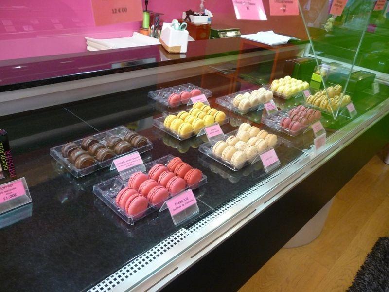 Guérande Chocolatier Roussel Macarons dans Cité Médiévale