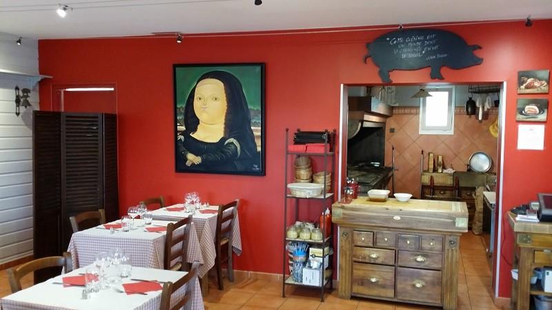 Herbignac - Restaurant Chez Monsieur Cochon - Salle avec vue sur cuisine