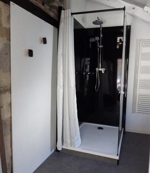 Le Jardin - chambre Guerande intra-muros 2 personnes - La douche