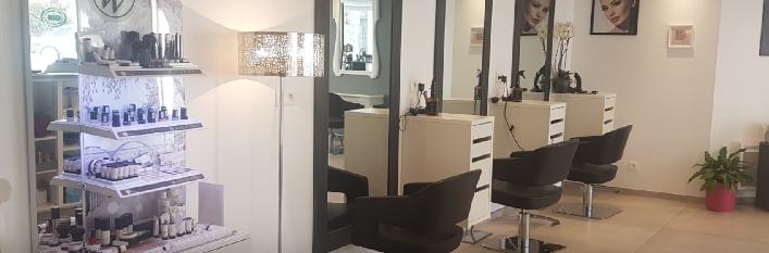 Salon by Laura Assérac