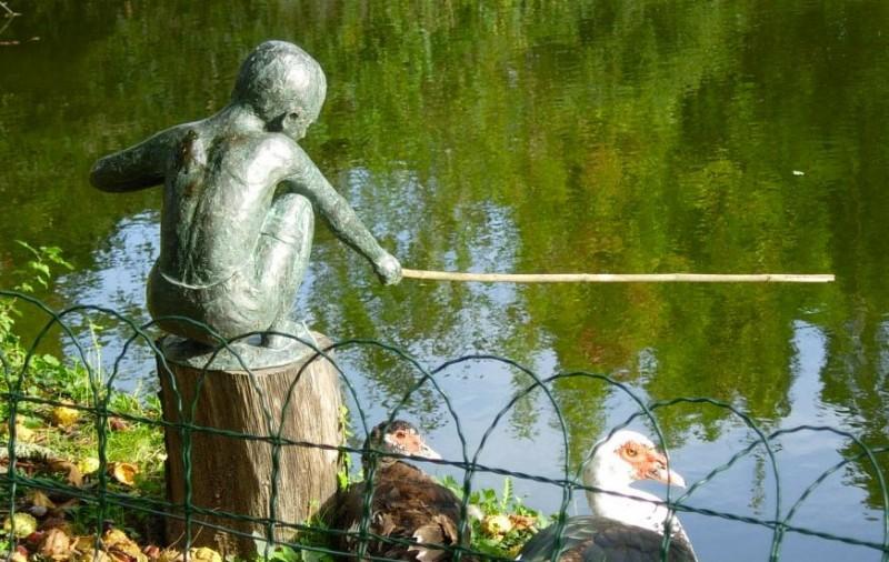 Terre et Bronze Sculpture - Maïe Lorieux - Le Petit Pëcheur - Guérande