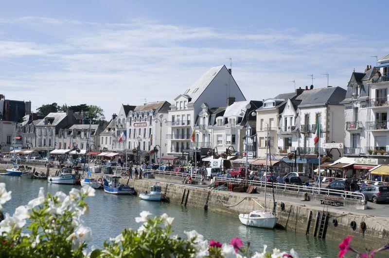 Le port la promenade et la plage du pouliguen le pouliguen - La baule office du tourisme ...