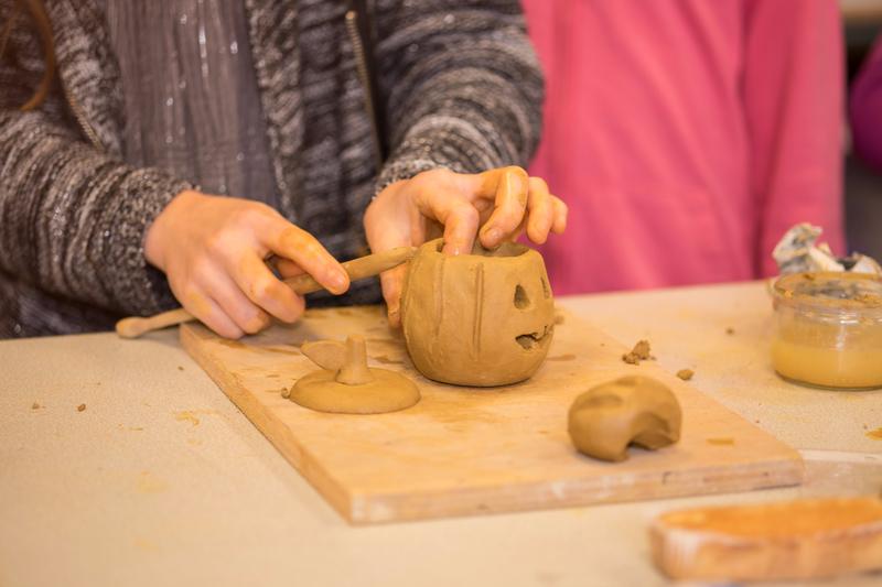 Stage poterie enfant association adamac à LA CHAPELLE DES MARAIS : STAGEPOTERIEENFANTJANV2018