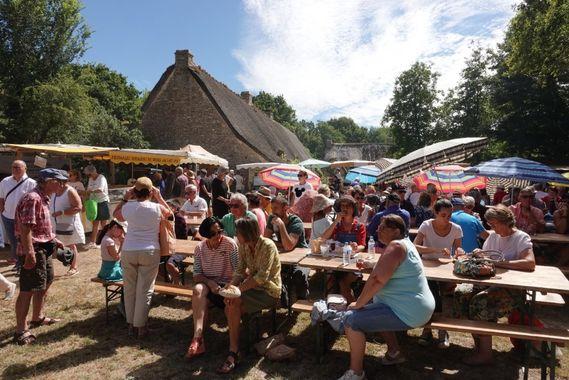 Kerhinet market - Saint-Lyphard - Parc of Brière - © ParcdeBrière
