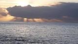 un coucher de soleil vu de la terrasse