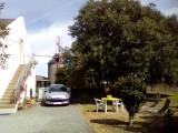 Appartement 2/3 personnes - Mme Bourse - Entrée de la location côté jardin