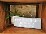 Boutique en ligne - pancarte Latitude Piriac-sur-mer gris clair - Office de Tourisme La Baule Presqu'île de Guérande