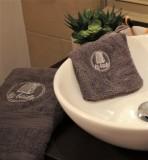 boutique-en-ligne-serviette-a-mains-cabine-la-baule-gris-office-de-tourisme-la-baule-presqu-ile-de-guerande