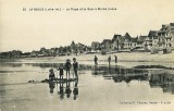 la-plage-et-le-quai-a-maree-basse-credit-photo-archives-municipales-de-la-baule-1208156