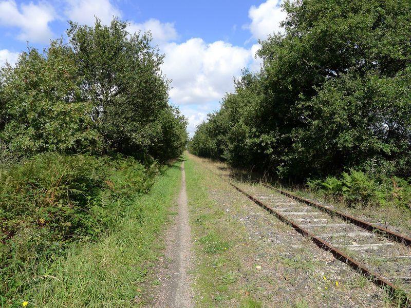 Ancienne voie ferrée - Crédit photo : J.Sanson